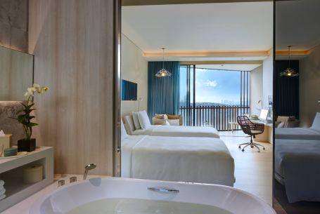 BKKHP_Twin Deluxe Seaview Room
